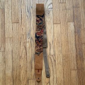 Levi's Suede Leather Guitar Strap